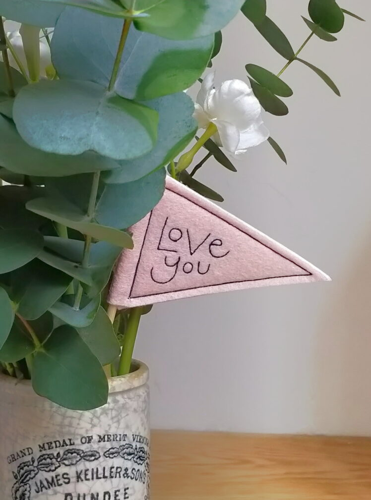 Love you mini pennant flag